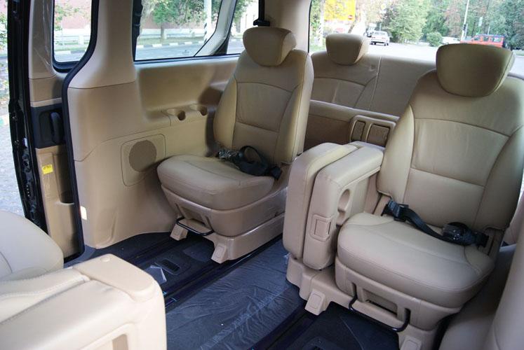 Варианты компоновки сидений в микроавтобусе Хендай Гранд Старекс